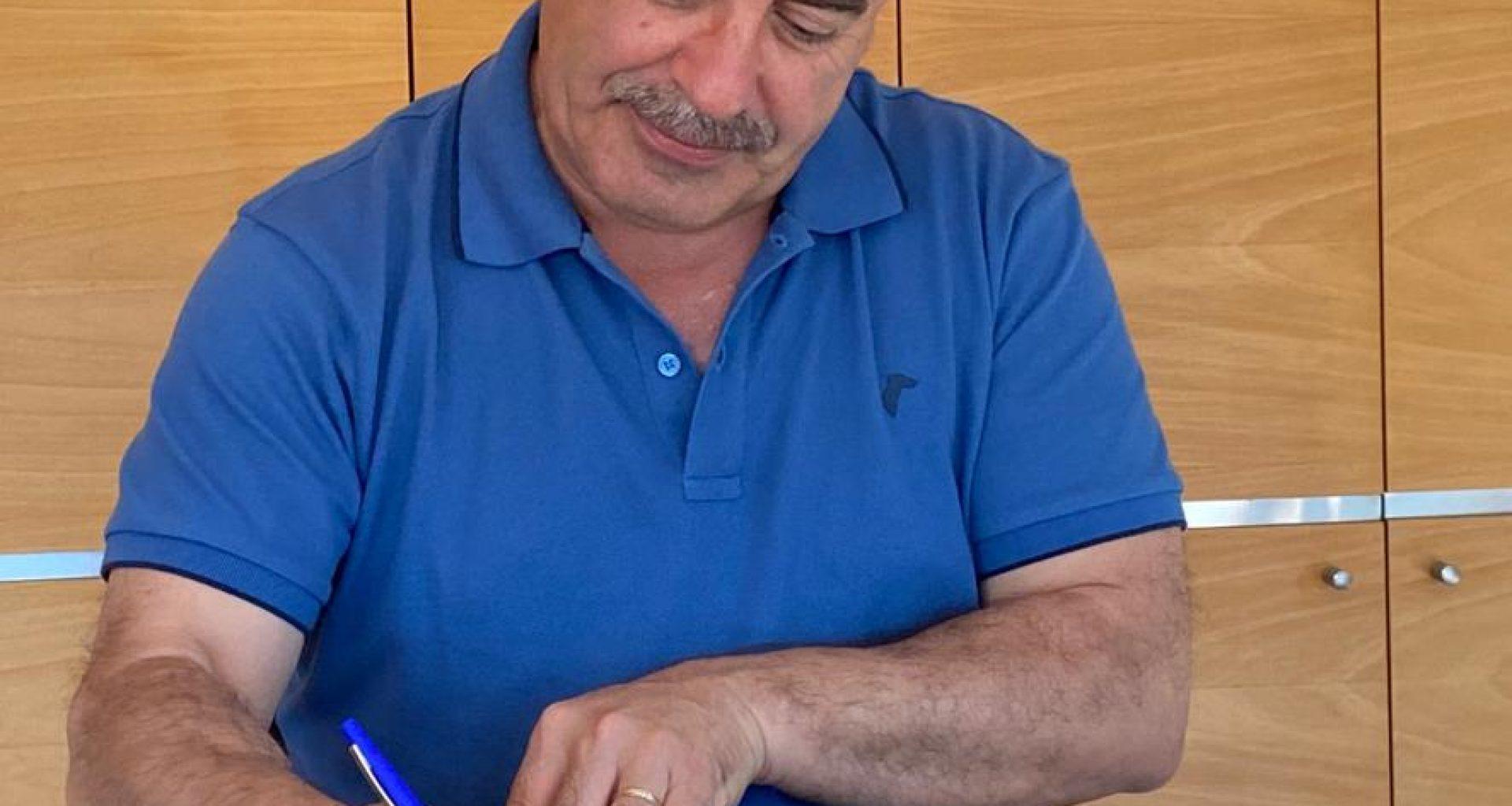 assinatura contrato erasmus+